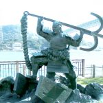壇ノ浦最後の平知盛の像