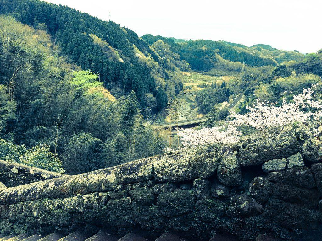 大手門からの滑瀬上流(白滝川)