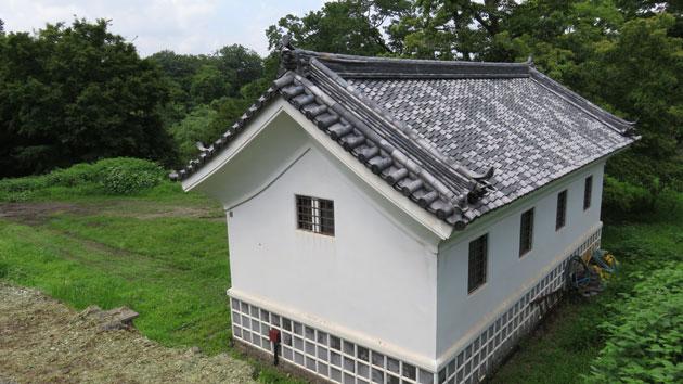 岡城の「賄方跡」のトイレIMG_3056