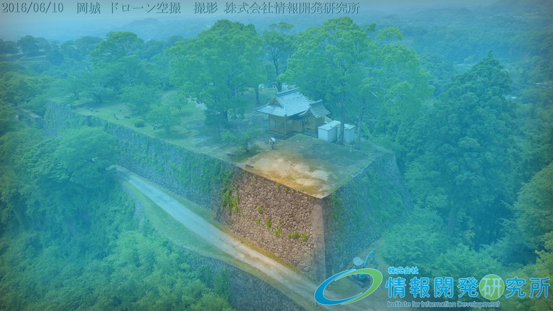 「車軸築」 岡城本丸の石垣kuruma