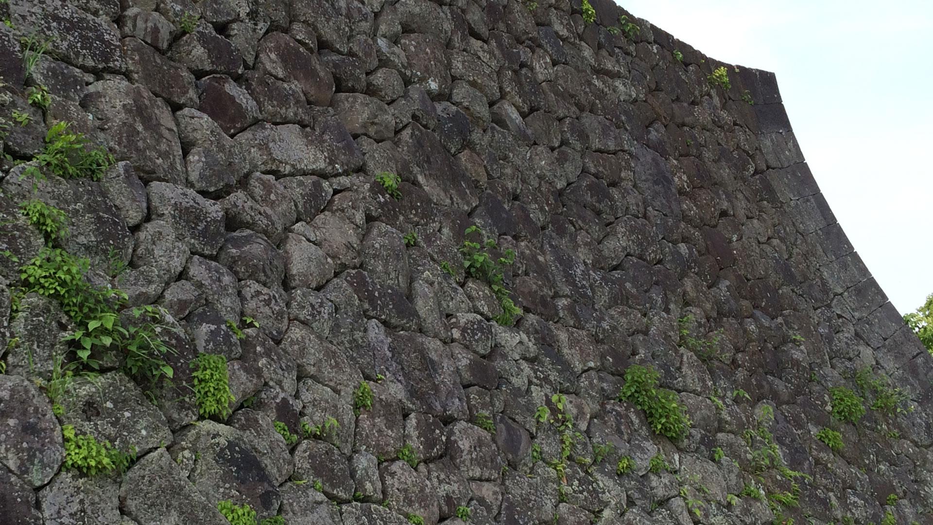 「車軸築」 岡城本丸の石垣kuruma_1920_2
