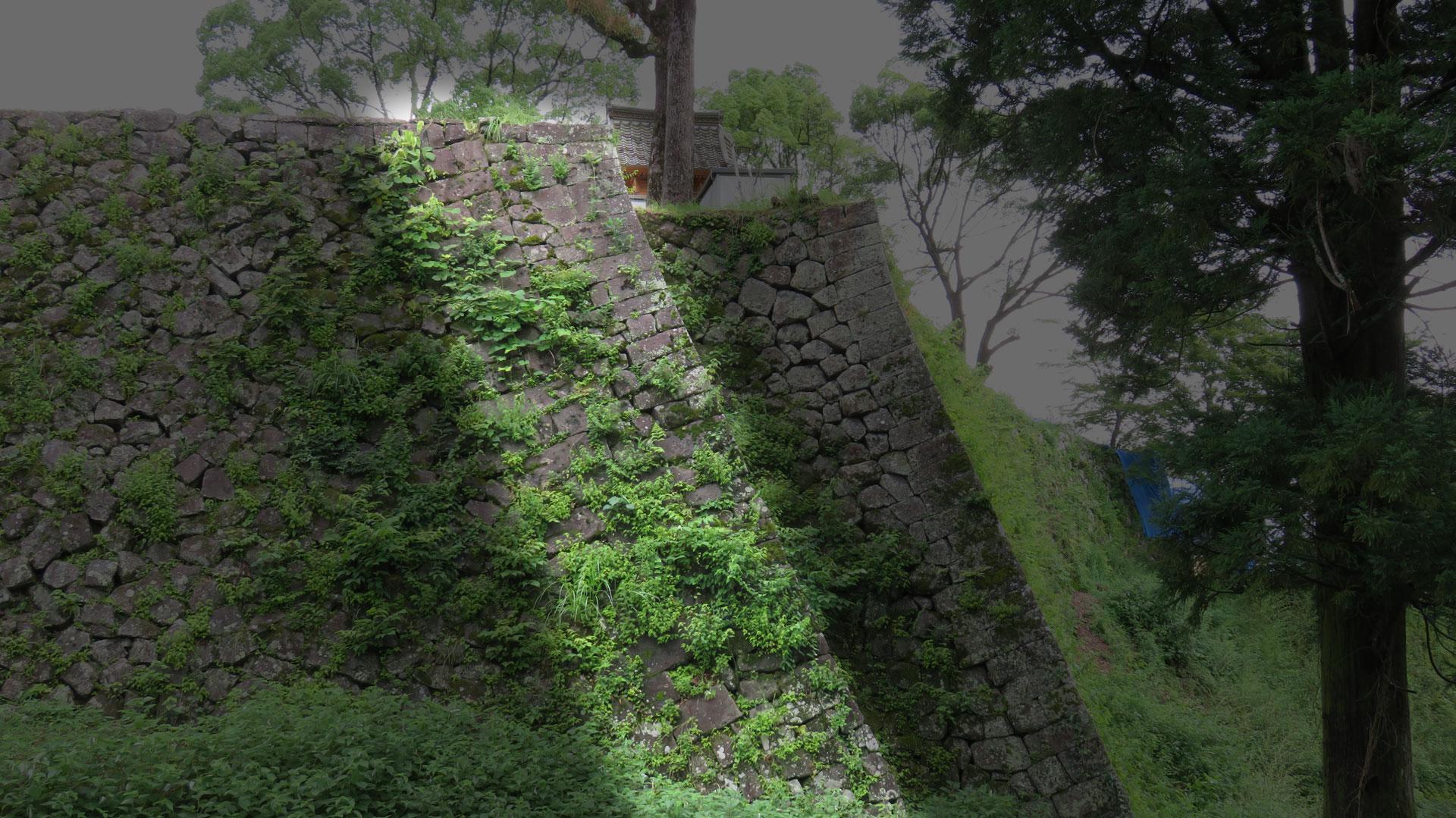 岡城本丸の石垣③「二重の石垣」(算木積)niju_1920_01