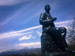 アカデミー賞映画 LA LA LANDで流れた「Japanese Folk Song」の原曲「荒城の月」を作曲した 滝廉太郎像(岡城 二の丸)