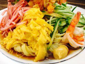 夏に美味しい特製冷麺が、 OBSニュースに登場! ホテルつちや 竹田城下町02