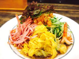 夏に美味しい特製冷麺が、 OBSニュースに登場! ホテルつちや 竹田城下町01