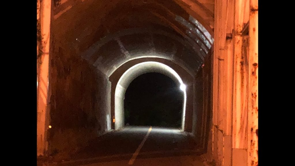 この先に行ってはいけない?トンネル内で赤いランドセルを背負った少女の霊の目撃説アリ 深夜の生目社 岡城城下町 【心霊スポット?】